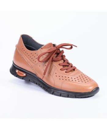 Sneakers Cesare Paciotti 4US Made in Italy in morbidissima pelle microforata in colore cuoio