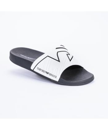 Ciabatta mare Emporio Armani Made in Italy in pvc colore bianco con dettagli in nero.
