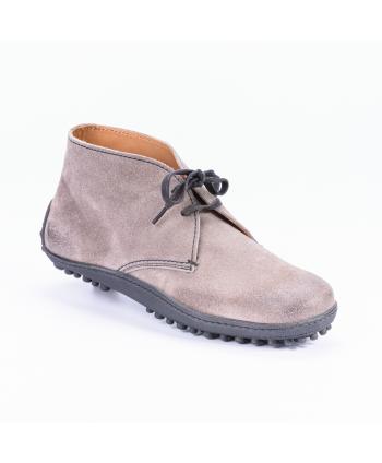 Polacchina Car Shoes Made in Italy stringata in camoscio colore beige