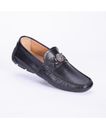Mocassino Andrea Nobile Made in Italy in pelle nera con dettaglio in acciaio, fondo in gomma.